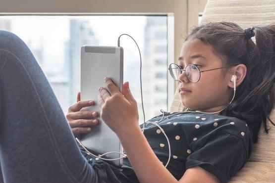 Screen Time_Child using iPad